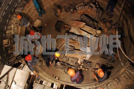 分项工程应按工业炉的结构组成或区段进行划分