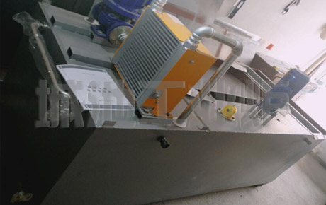 实验移动自动淬火油槽